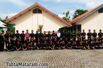 Tahta Mataram Bojonegoro Tradisi Kenaikan Tingkat